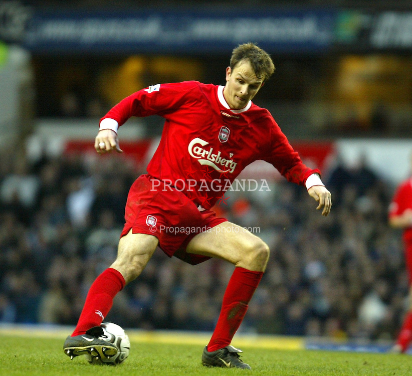 LONDON, ENGLAND - Saturday, January 17, 2004: Liverpool's Dietmar Hamann in action against Tottenham during the Premiership match at White Hart Lane. (Pic by David Rawcliffe/Propaganda)