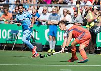 WAALWIJK -  RABO SUPER SERIE. Sander de Wijn (Ned) tijdens  de hockeyinterland heren  Nederland-India,  ter voorbereiding van het EK,  dat vrijdag 18/8 begint.  COPYRIGHT KOEN SUYK