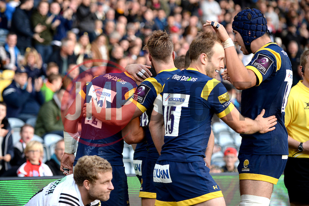 Ben Te'o of Worcester Warriors celebrates his try with team mates - Mandatory by-line: Dougie Allward/JMP - 22/10/2016 - RUGBY - Sixways Stadium - Worcester, England - Worcester Warriors v Brive - European Challenge Cup