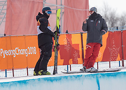 21.02.2018, Phoenix Snow Park, Bokwang, KOR, PyeongChang 2018, Freestyle Ski, Herren, Halfpipe, Training, im Bild Andreas Gohl (AUT) und Trainer // Andreas Gohl of Austria with his Coach during a Freestyle Skiing training session for the Men's Halfpipe competition of Pyeongchang 2018 Winter Olympic Games at the Phoenix Snow Park in Bokwang, South Korea on 2018/02/21. EXPA Pictures © 2018, PhotoCredit: EXPA/ Johann Groder