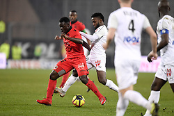 February 23, 2019 - Amiens, France - 27 JEAN VICTOR MAKENGO (NICE) - 10 STIVEN MENDOZA  (Credit Image: © Panoramic via ZUMA Press)