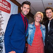 NLD/Hilversum/20130917 - Persconferentie Nick & Simon kerst cd, Nick Schilder, Barbara Dex en Simon Keizer