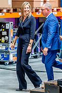 ITTERVOORT - Koningin Maxima tijdens de ondertekening van een convenant voor beter muziekonderwijs op scholen in haar rol als erevoorzitter van Meer Muziek in de Klas. ANP ROYAL IMAGES ROBIN UTRECHT **NETHERLANDS ONLY**