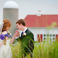 Byron Colby Barn wedding - Chicago Wedding Photography - Chris and Laura at their Byron Colby Barn wedding in Grayslake, IL.