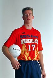 21-05-1997 VOLLEYBAL: TEAMPRESENTATIE MANNEN: WOERDEN<br /> Robert van Es<br /> ©2007-WWW.FOTOHOOGENDOORN.NL