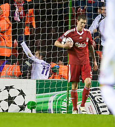 LIVERPOOL, ENGLAND - Wednesday, December 9, 2009: AFC Fiorentina's Alberto Gilardino celebrates scoring an injury-time winning goal against Liverpool during the UEFA Champions League Group E match at Anfield. (Photo by David Rawcliffe/Propaganda)