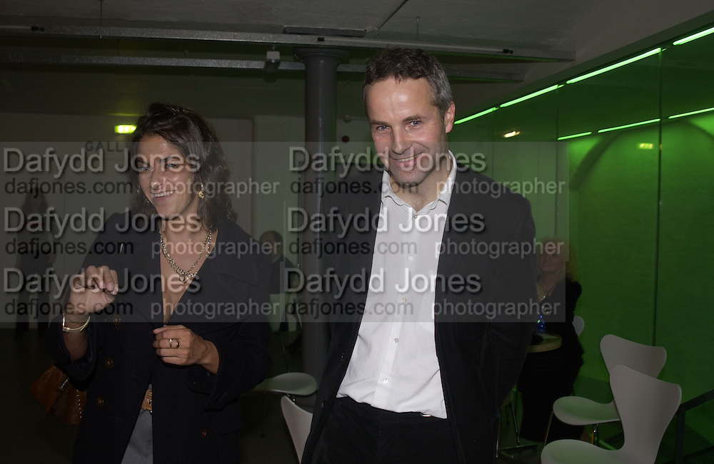 Tracey Emin and Andrew Nairne. This is Another Place. Tracey Emin opening. Modern Art. Oxford, 9 November 2002. © Copyright Photograph by Dafydd Jones 66 Stockwell Park Rd. London SW9 0DA Tel 020 7733 0108 www.dafjones.com