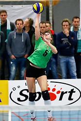 20150128 NED: Beker Oskam Taurus - Sudosa Desto, Houten<br />Dorien Dijkstra (5) of Nijhuis Telecom Sudosa Desto<br />©2014-FotoHoogendoorn.nl / Pim Waslander