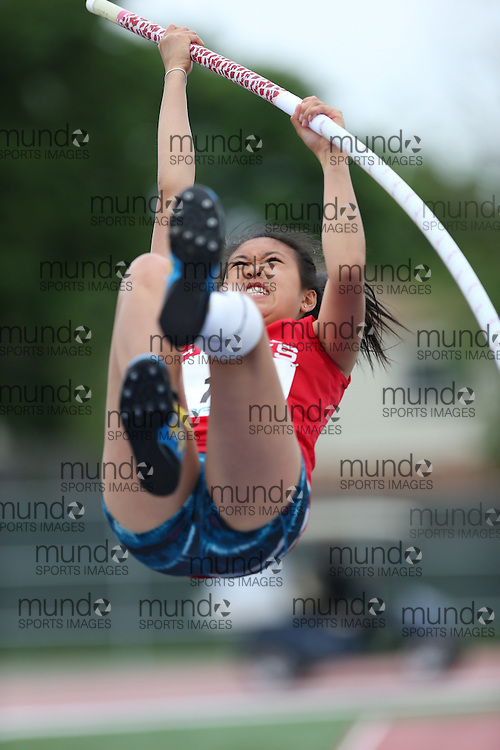 Emma Li of Bill Crothers SS - Unionville competes in the senior girls pole vault at the 2013 OFSAA Track and Field Championship in Oshawa Ontario, Thursday,  June 6, 2013.<br /> Mundo Sport Images / Sean Burges