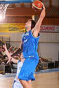 DESCRIZIONE : Bormio Raduno Collegiale Nazionale Maschile Amichevole Italia Israele <br /> GIOCATORE : Stefano Mancinelli <br /> SQUADRA : Nazionale Italia Uomini Italy <br /> EVENTO : Raduno Collegiale Nazionale Maschile <br /> GARA : Italia Israele Italy Israel <br /> DATA : 27/07/2008 <br /> CATEGORIA : Schiacciata <br /> SPORT : Pallacanestro <br /> AUTORE : Agenzia Ciamillo-Castoria/S.Silvestri <br /> Galleria : Fip Nazionali 2008 <br /> Fotonotizia : Bormio Raduno Collegiale Nazionale Maschile Amichevole Italia Israele  <br /> Predefinita :