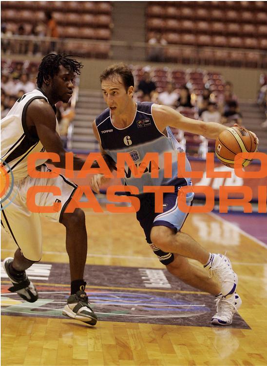 DESCRIZIONE : Sendai Giappone Japan Men World Championship 2006 Campionati Mondiali Argentina-Nigeria <br /> GIOCATORE : Ginobili<br /> SQUADRA : Argentina<br /> EVENTO : Sendai Giappone Japan Men World Championship 2006 Campionato Mondiale Argentina-Nigeria <br /> GARA : Argentina Nigeria<br /> DATA : 23/08/2006 <br /> CATEGORIA : Palleggio<br /> SPORT : Pallacanestro <br /> AUTORE : Agenzia Ciamillo-Castoria/H.Bellenger<br /> Galleria : Japan World Championship 2006<br /> Fotonotizia : Sendai Giappone Japan Men World Championship 2006 Campionati Mondiali Argentina-Nigeria <br /> Predefinita :