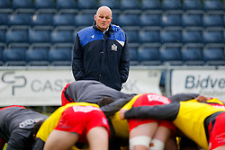 Bristol Rugby Director of Rugby Andy Robinson overseas the warmup - Mandatory byline: Rogan Thomson/JMP - 18/05/2016 - RUGBY UNION - Castle Park - Doncaster, England - Doncaster Knights v Bristol Rugby - Greene King IPA Championship Play Off FINAL 1st Leg.