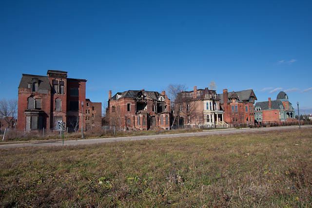 Brush Park mansions on Edmond Street, Detroit, Michigan