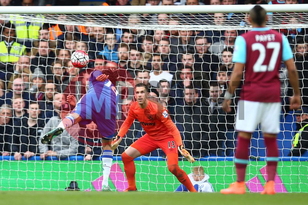 Loic Remy of Chelsea heads the ball towards goal - Mandatory byline: Jason Brown/JMP - 19/03/2016 - FOOTBALL - London, Stamford Bridge - Chelsea v West Ham United - Barclays Premier League