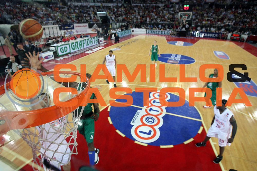 DESCRIZIONE : Roma Lega A1 2006-07 Playoff Semifinale Gara 4 Lottomatica Virtus Roma Montepaschi Siena<br />GIOCATORE : Erazem Lorbek<br />SQUADRA : Lottomatica Virtus Roma<br />EVENTO : Campionato Lega A1 2006-2007 Playoff Semifinale Gara 4<br />GARA : Lottomatica Virtus Roma Montepaschi Siena<br />DATA : 07/06/2007 <br />CATEGORIA : Special Tiro<br />SPORT : Pallacanestro <br />AUTORE : Agenzia Ciamillo-Castoria/Gabr.Ciamillo<br />Galleria : Lega Basket A1 2006-2007 <br />Fotonotizia : Roma Campionato Lega A1 2006-2007 Playoff Semifinale Gara 4 Lottomatica Virtus Roma Montepaschi Siena<br />Predefinita :