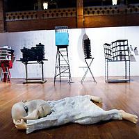 Nederland, Amsterdam , 23 december 2013.<br /> e negende editie van Art in Redlight (AiR9) vindt eind dit jaar plaats in de Beurs van Berlage. Het multidisciplinair kunstfestival biedt een podium aan design, beeldende kunst, muziek, fotografie, dans, video, lichtinstallaties en debat. AiR9 viert en verbindt de kunsten met in totaal ruim 200 eigenzinnige en talentvolle kunstenaars, artiesten en denkers.<br /> Op de foto: werk van de kunstenaar Gijs Assmann.<br /> <br /> Foto:Jean-Pierre Jans