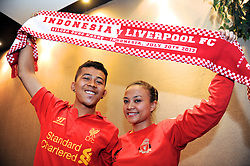 JAKARTA, INDONESIA - Tuesday, July 16, 2013: Liverpool supporters Yustesia Mulia [r] and Ivan Marky [l] ahead of the Reds' visit to Indonesia as part of their Preseason Tour. (Pic by David Rawcliffe/Propaganda)