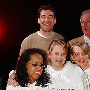 Huizer Sportgala 2004, uitreiking door Gianni Romme aan aanstormend talent, dansgroep Modance