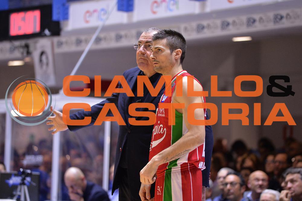 Repesa Jasmin, Cinciarini Andrea<br /> Enel Brindisi - EA7 Emporio Armani Milano<br /> BASKET Serie A 2016-2017<br /> Brindisi 15/04/2017<br /> FOTO CIAMILLO / M.Longo