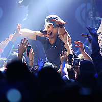 ST. PAUL, MN - DECEMBER 10:  Enrique Iglesias performs at the 101.3 KDWB Jingle Ball at Xcel Energy Center on December 10, 2013 in St. Paul, Minnesota. (Photo by Adam Bettcher/Getty Images for Clear Channel) *** Local Caption *** Enrique Iglesias