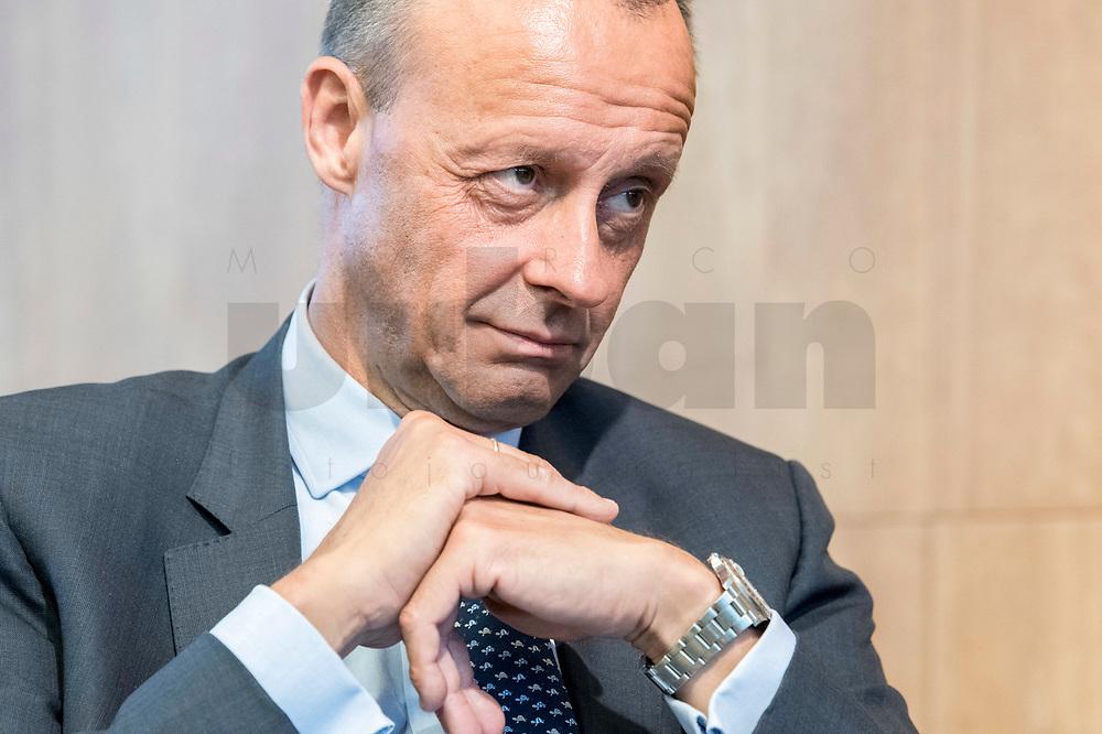 """18 JUN 2018, BERLIN/GERMANY:<br /> Friedrich Merz, Vorsitzender des Aufsichtsrates BlackRock Asset Management Deutschland AG, Veranstaltung Wirtschaftsforum der SPD: """"Finanzplatz Deutschland 2030 - Vision, Strategie, Massnahmen!"""", Haus der Commerzbank<br /> IMAGE: 20180618-01-124"""