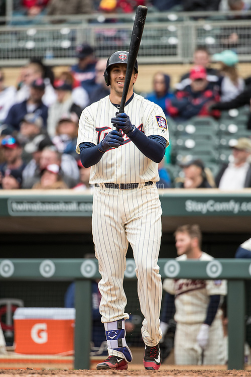 MINNEAPOLIS, MN- APRIL 5: Jason Castro #21 of the Minnesota Twins bats against the Kansas City Royals on April 5, 2017 at Target Field in Minneapolis, Minnesota. The Twins defeated the Royals 9-1. (Photo by Brace Hemmelgarn) *** Local Caption *** Jason Castro