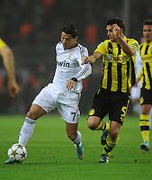 FUSSBALL   CHAMPIONS LEAGUE   SAISON 2012/2013   GRUPPENPHASE   Borussia Dortmund - Real Madrid                                 24.10.2012 Cristiano Ronaldo (li, Real Madrid) gegen Sebastian Kehl (re, Borussia Dortmund)