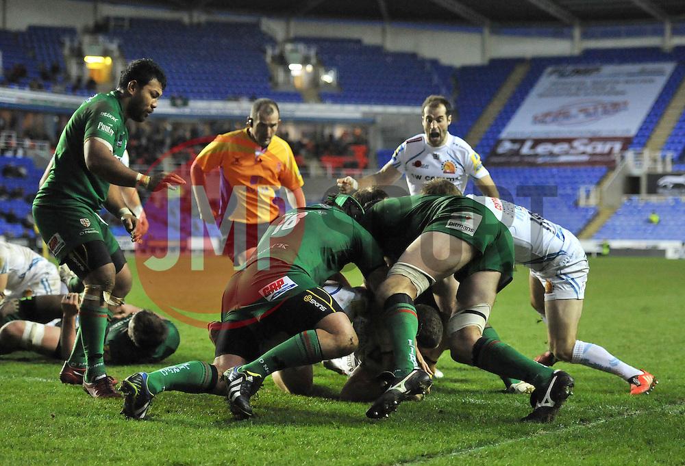 Exeter Chiefs' Blindside Flanker, Dave Ewers powers through to score a try - Photo mandatory by-line: Dougie Allward/JMP - Mobile: 07966 386802 - 11/01/2015 - SPORT - RUGBY - Reading - Madejski Stadium - London Irish v Exeter Chiefs - Aviva Premiership