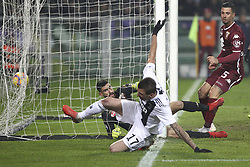 December 15, 2018 - Turin, Piedmont, Italy - Mario Mandzukic (Juventus FC) scores a goal subsequently canceled by the referee during the Serie A football match between Torino FC and Juventus FC at Olympic Grande Torino Stadium on December 15, 2018 in Turin, Italy. Torino lost 0-1 against Juventus. (Credit Image: © Massimiliano Ferraro/NurPhoto via ZUMA Press)
