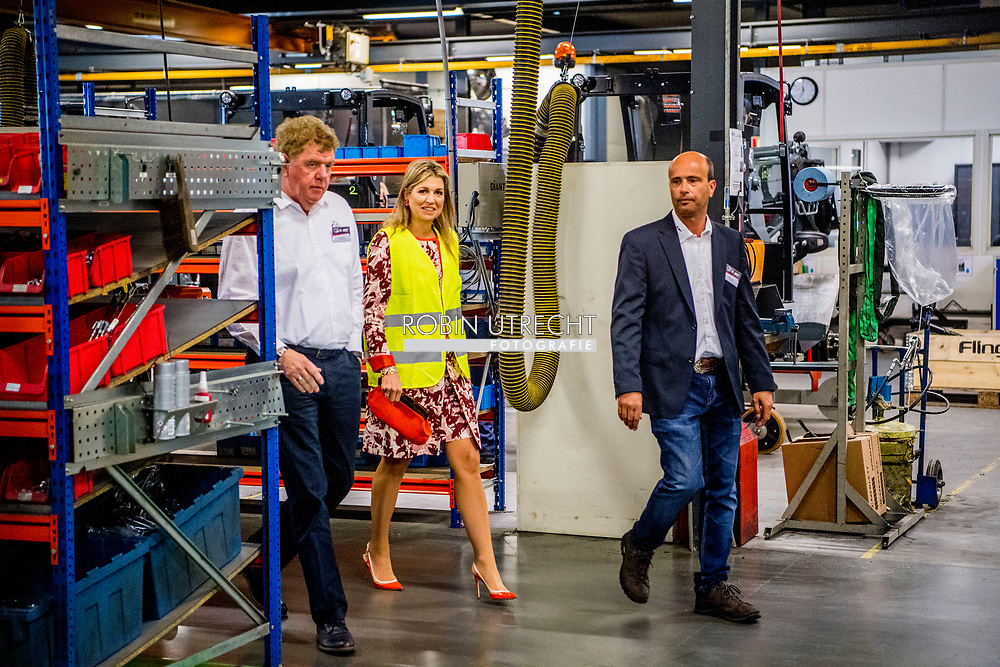 8-6-2017 OISTERWIJK - Queen Maxima will attend a work visit to TOBROCO Machines in Oisterwijk on Thursday, June 8th. TOBROCO is the winner of the King Willem I Prize 2016 in the category of small and medium-sized enterprises. This award rewards daring, activeness, sustainability and perseverance and stimulates creative and innovative entrepreneurship. Queen M&aacute;xima is Honorary Chairman of the King Willem I Foundation and awarded the prize on May 26, 2016. COPYRIGHT ROBIN UTRECHT<br /> <br /> 8-6-2017 OISTERWIJK - Koningin Maxima brengt donderdag 8 juni een werkbezoek aan TOBROCO Machines in Oisterwijk. TOBROCO is winnaar van de Koning Willem I Prijs 2016 in de categorie midden- en kleinbedrijf. Deze prijs beloont durf, daadkracht, duurzaamheid en doorzettingsvermogen en stimuleert creatief en innovatief ondernemerschap. Koningin M&aacute;xima is erevoorzitter van de Koning Willem I Stichting en reikte de prijs op 26 mei 2016 uit.COPYRIGHT ROBIN UTRECHT