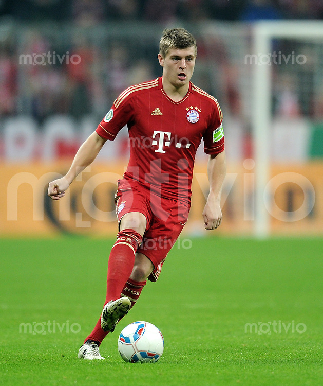 Fussball DFB Pokal:  Saison   2011/2012  2. Runde  26.10.2011 FC Bayern Muenchen - FC Ingolstadt 04 Toni Kroos (FC Bayern Muenchen)