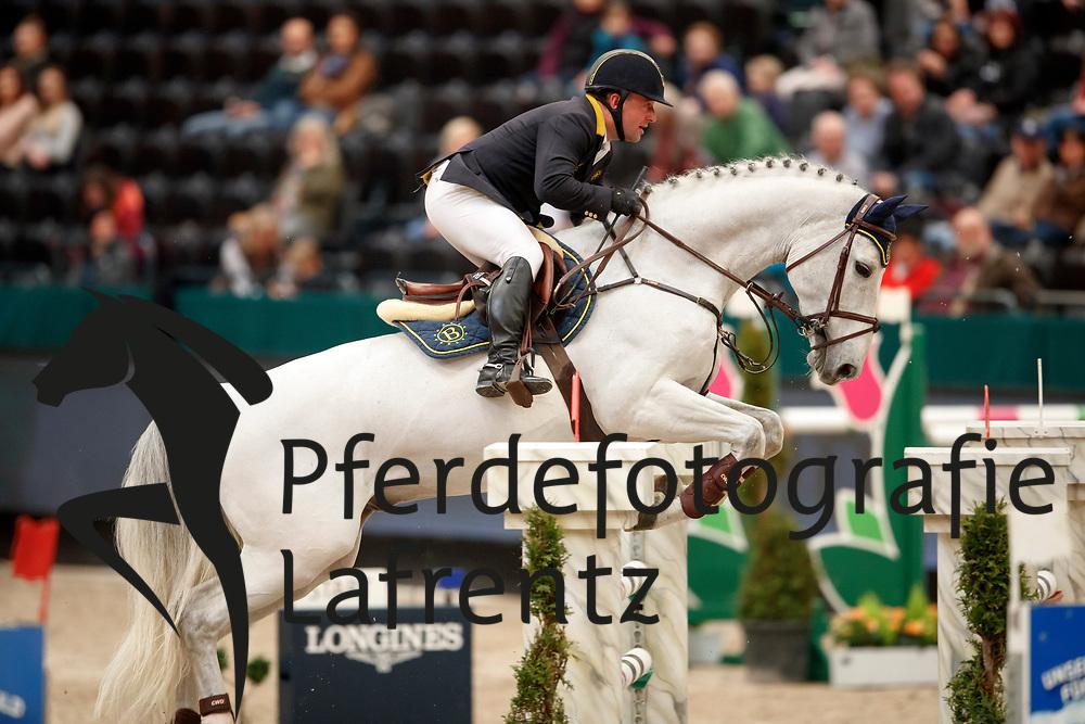 Bachl, Tobias (GER) Vingino<br /> Leipzig - Partner Pferd 2017<br /> © Stefan Lafrentz
