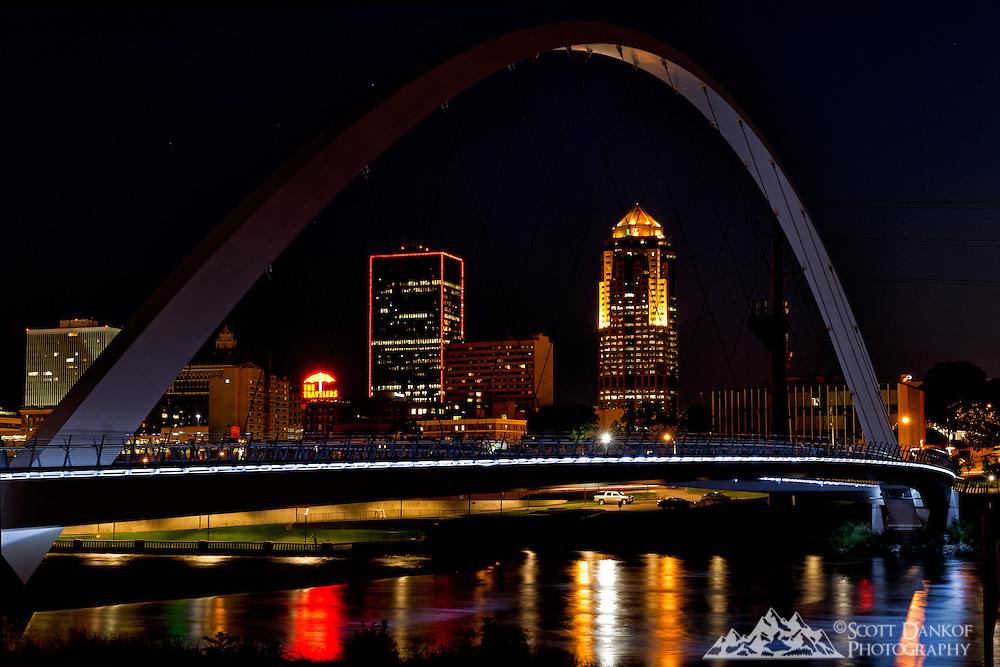 Nightfall at the pedestrian bridge in downtown Des Moines, Iowa.