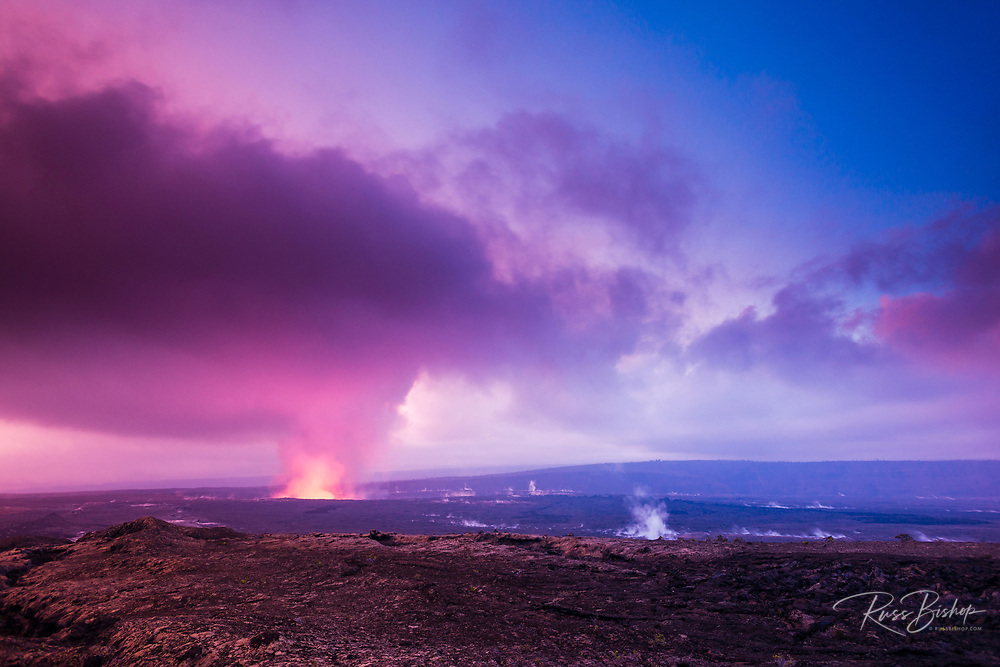 Lava field and eruption site at the Halemaumau Crater, Hawaii Volcanoes National Park, Hawaii USA