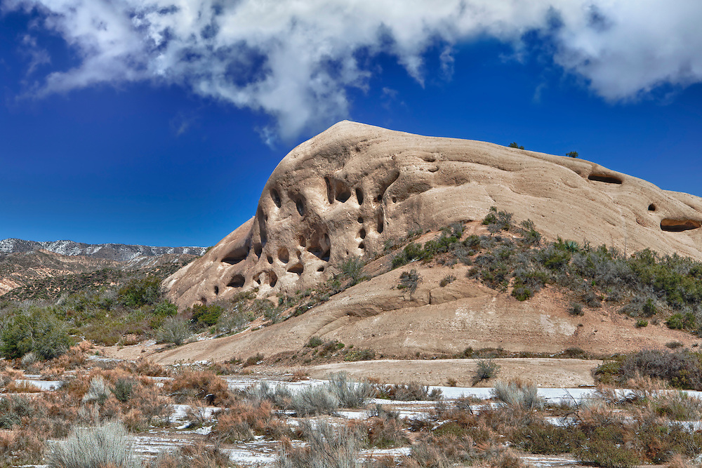 Mormon Rocks - Weathered And Eroded Sandstone - HDR