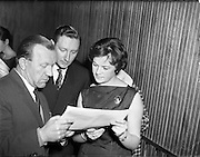 05/02/1960<br /> 02/05/1060<br /> 05 February 1960 <br /> Premiere of Mise Eire at the Regal Cinema, Dublin. Image shows Sean Ó Siothchain, Assistant Secretary of the GAA and Trustee of Gael Linn, and Riobard Mac Góráin of Gael Linn at the screening.