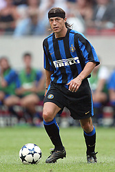 MATIAS ALMEYDA.INTER MILAN.SONY AMSTERDAM TOURNAMENT.AMSTERDAM ARENA,AMSTERDAM,HOLLAND.01/08/2003.DID14507