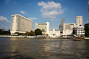 Chao Praya River. The Oriental (l., m.)