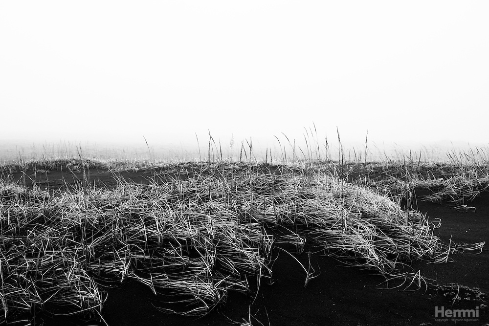Black beach, Klauf