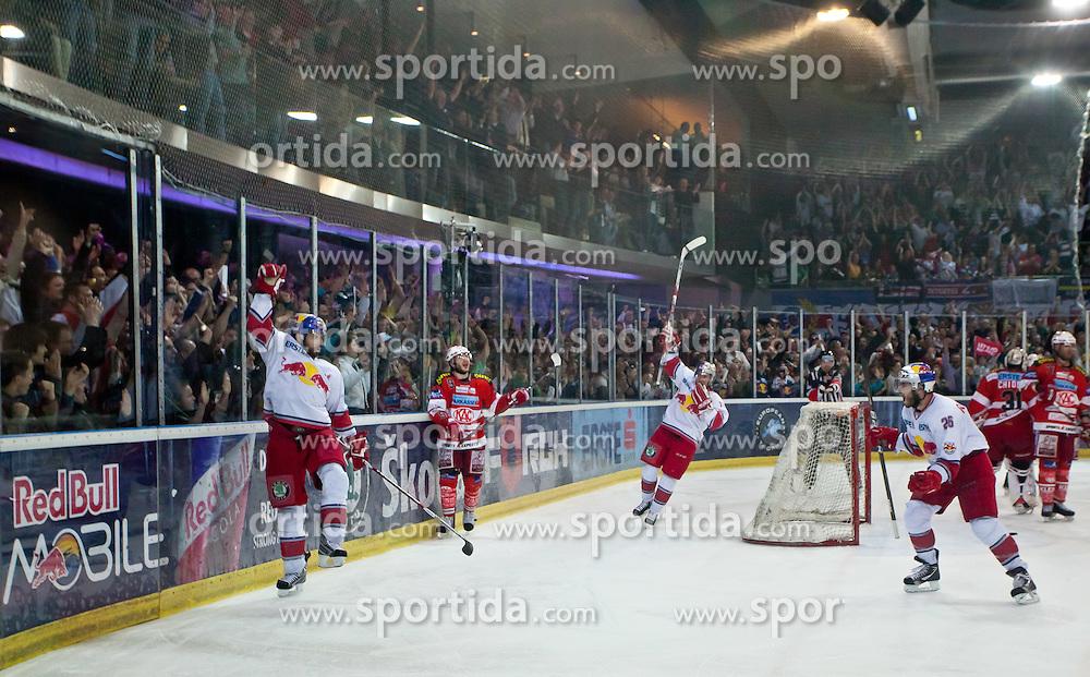 03.04.2011, Volksgarten Arena, Salzburg, AUT, EBEL, FINALE, EC RED BULL SALZBURG vs EC KAC, im Bild Torjubel bei Salzburg nach dem 3 zu 2 Führungstreffer druch Ramzi Abid, (EC RED BULL SALZBURG, #19) mit dabei Brent Aubin, (EC RED BULL SALZBURG, #26)  // during the EBEL Eishockey Final, EC RED BULL SALZBURG vs EC KAC at the Volksgarten Arena, Salzburg, 04/03/2011, EXPA Pictures © 2011, PhotoCredit: EXPA/ J. Feichter