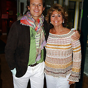 NLD/Vierhouten/20050530 - Society vrouwen rijden de BeauMonde Rally 2005, Leco Zadelhof en Christine Kroonenberg