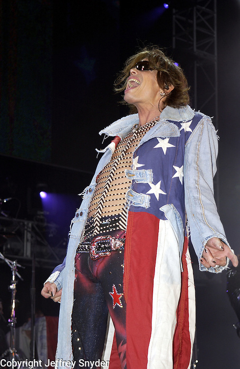 Steven Tyler of Aerosmith performing on United We Stand: What More Can I Give? Concert. A music benefit in support of the recovery efforts from the September 11 attack on America.  The proceeds will go to various Relief Funds. October 21, 2001 (Jeff Snyder)