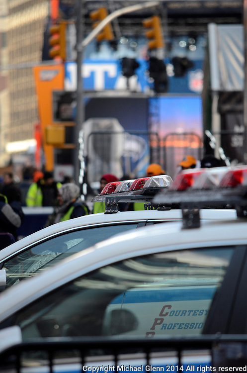 29 Jan 2014 NYC  Security is high at Superbowl boulevard begins in NYC //  Michael Glenn
