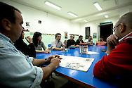 Lavello (PZ) 12.10.2011 - Isola Fenice. La lotta della popolazione lucana contro il termovalorizzatore Fenice. Nella Foto: Una riunione del Comitato per il Diritto alla Salute di Lavello promotore delle iniziative di lotta. Al centro il presidente del comitato  Nicola Abbiuso.
