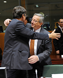 Jean-Claude Juncker, Luxembourg's prime minister, right, greets  a colleague during the European Summit, in Brussels, Belgium, Wednesday, Oct. 15, 2008.   (Photo © Jock Fistick)