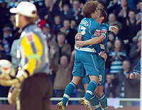 Photo: Kevin Poolman.<br />Reading v Derby County. Coca Cola Championship. 01/04/2006. Reading players celebrate Kevin Doyle's goal