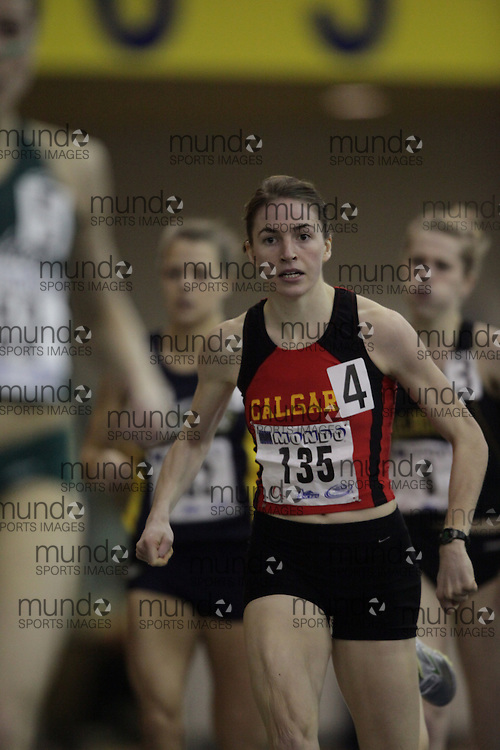 Windsor, Ontario ---12/03/09--- Holly Ratzlaff of  the University of Calgary competes in the 600 metre prelims at the CIS track and field championships in Windsor, Ontario, March 12, 2009..GEOFF ROBINS Mundo Sport Images