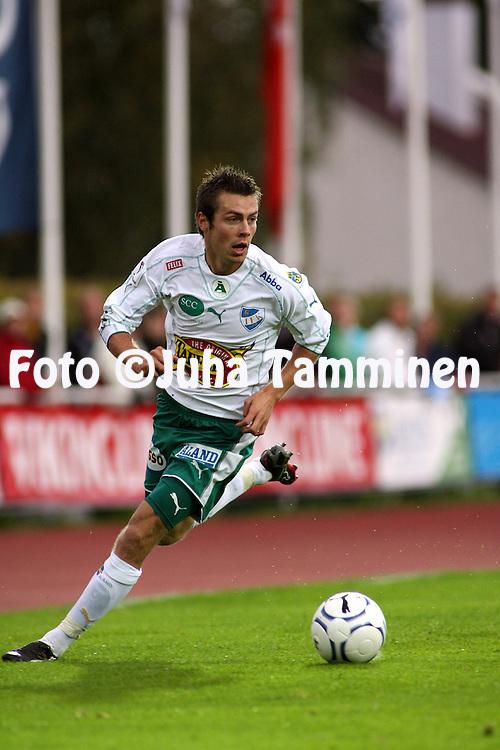 02.09.2007, Wikl?f Holding Arena, Mariehamn, Finland..Veikkausliiga 2007 - Finnish League 2007.IFK Mariehamn - FC Viikingit.Tommy Wirtanen - IFK Mhamn.©Juha Tamminen.....ARK:k