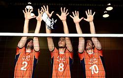13-05-2014 NED: Selectie Nederlands volleybal team mannen, Arnhem<br /> Op Papendal werd het Nederlands team volleybal seizoen 2014-2015 gepresenteerd / Yannick van Harskamp , Bas van Bemmelen, Jeroen Rauwerdink - Mizuno