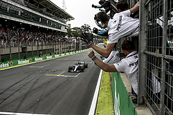November 11, 2018 - Sao Paulo, Brazil - Motorsports: FIA Formula One World Championship 2018, Grand Prix of Brazil World Championship;2018;Grand Prix;Brazil ,    (Team, Mercedes AMG Petronas) (Credit Image: © Hoch Zwei via ZUMA Wire)